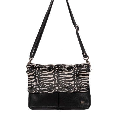 Owen Barry shoulder bag from Colmers Hill Fashion