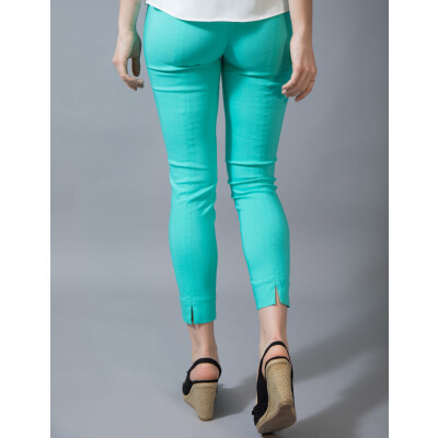 Robell Rose 09 Trousers 7/8 length in aqua available on www.colmershill.com