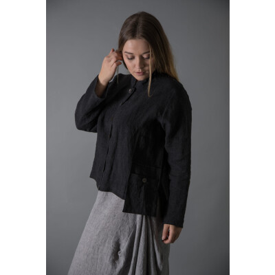 The Ralston Anandi jacket in black with the Exa linen midi skirt has all the hallmarks of a Ralston design combined with Scandi-chic. Available on colmershill.com