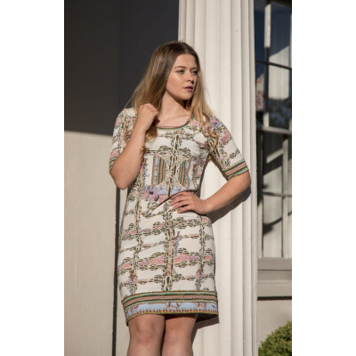 A beautiful dress from Italian Designer Isabel Giotto. The Lugar dress comes is a delicate Art Nouveau-inspired print with lilac and pastels juxtaposing khaki. Available on colmershill.com