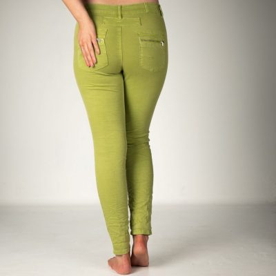 We love these Melly & Co Jeans available in various colours. Super comfortable because of the stretch cotton fabric, and very flattering. Available on colmershill.com