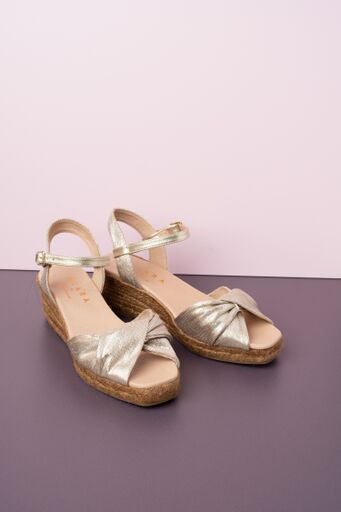 Cara Bosco Platinum Demi Wedge made of leather with a twisted strap across the toes available on colmershill.com