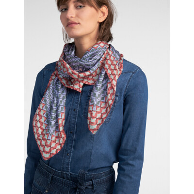 Sandwich Geometric Scarf in blue, red and pink available on colmershill.com