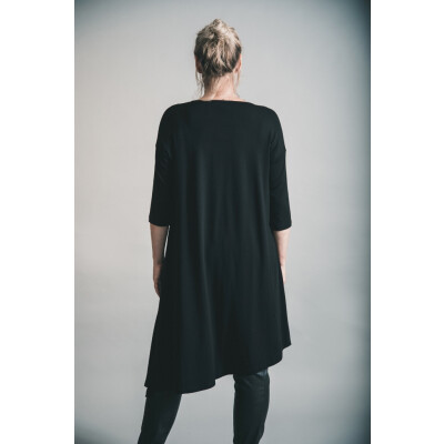 Elsewhere Asymmetric Tunic Black available on colmershill.com