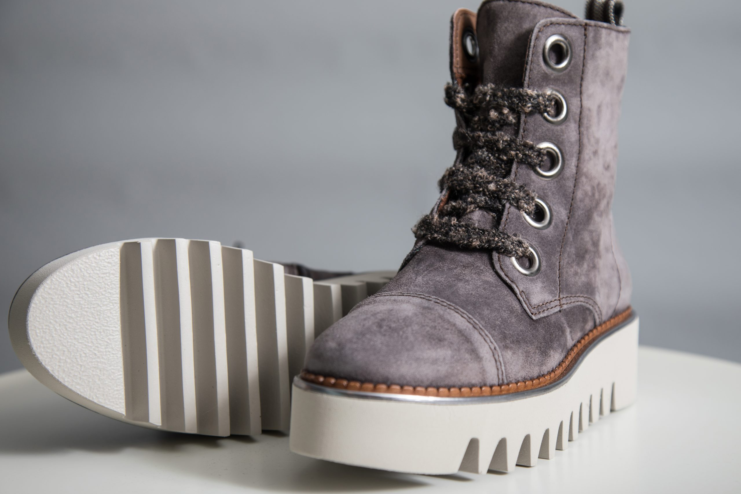 ALPE LACE UP SUEDE CREEPER ANKLE BOOTS