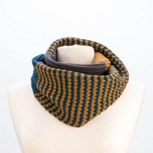 Kusan infinity scarf teal & caramel