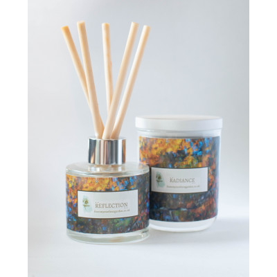 From My Mother's Garden Reflection Candle and Diffusers has a Peach Blossom and Vanilla scent and is hand made in Devon. Available to buy on colmershill.com