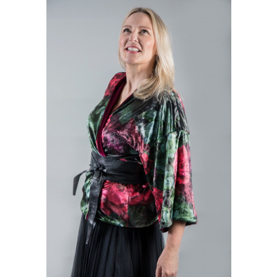 From My Mother's Garden Roses Are Red Reversible Velvet Kimono is a luxurious jacket which is a great multiway piece, available from colmershill.com